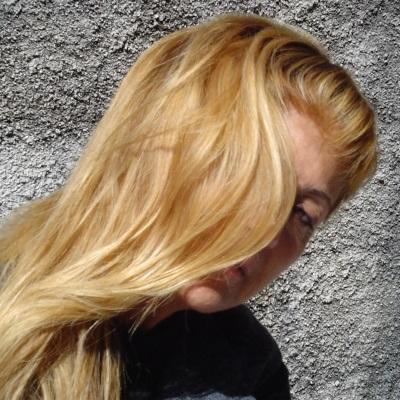 lotsa hair
