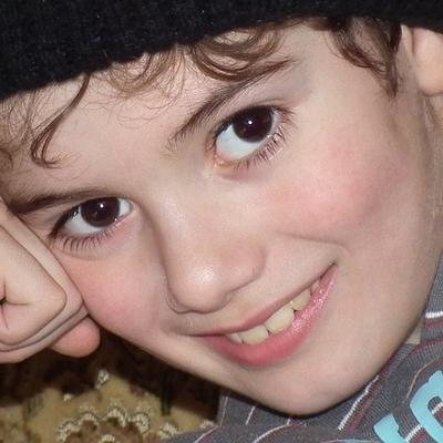 child smiling (400x400)