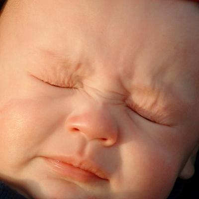 baby sneezing (400x400) (2)