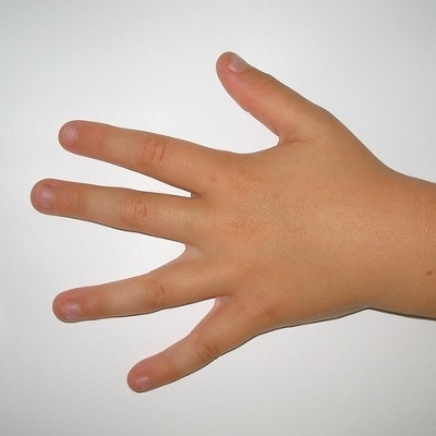 childs hand (400x400)