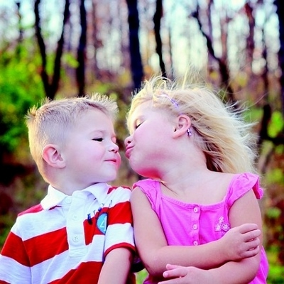 brother and sister (400x400)