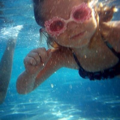 preschooler swimming (400x400)