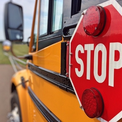 school bus (400x400)