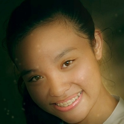 teen with braces (400x400)
