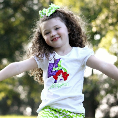 preschool girl happy (400x400)