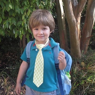 preschooler in dads tie (400x400)