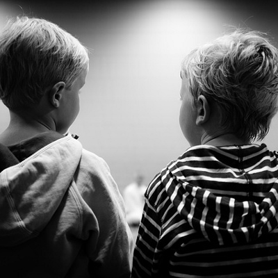 preschoolers talking (400x400)