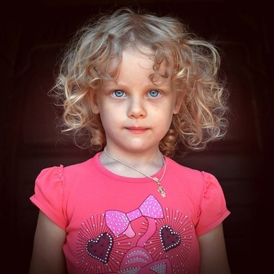 little girl (400x400)