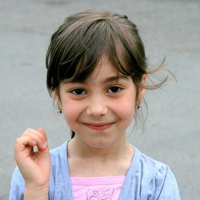 elementary girl (400x400)