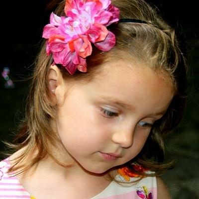 preschool girl (400x400)