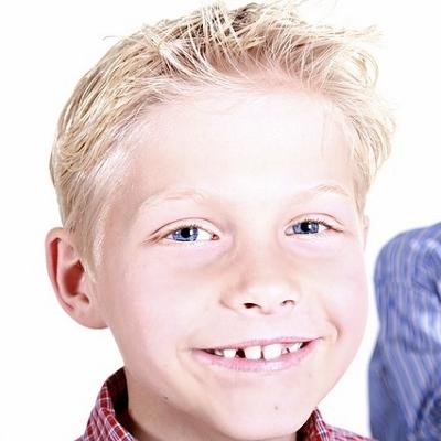 tween smiling (400x400)