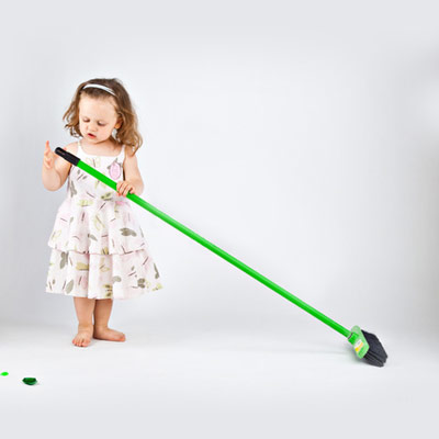 Toddler-sweeping-or-dusting